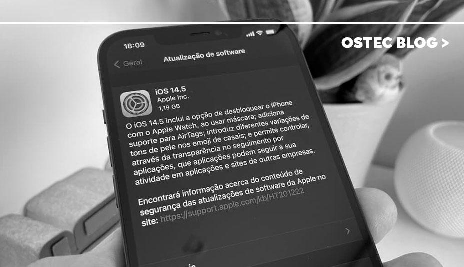 celular exibindo atualização iOS